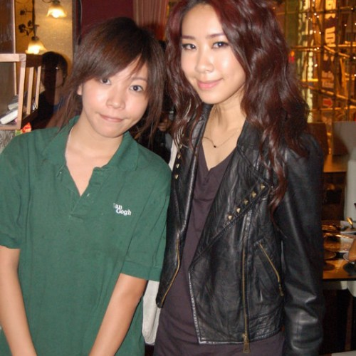 2009/11/05 吳雨霏 Kary Ng visited Van Gogh Kitchen